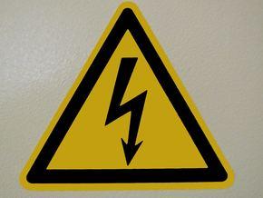 Проведоха специализирано обучение за придобиване и защита на квалификационни групи по електробезопасност
