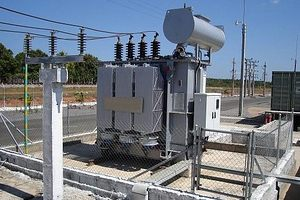 <strong>ЦЕРБ</strong> ще достави 100 нови трансформатора на EVN